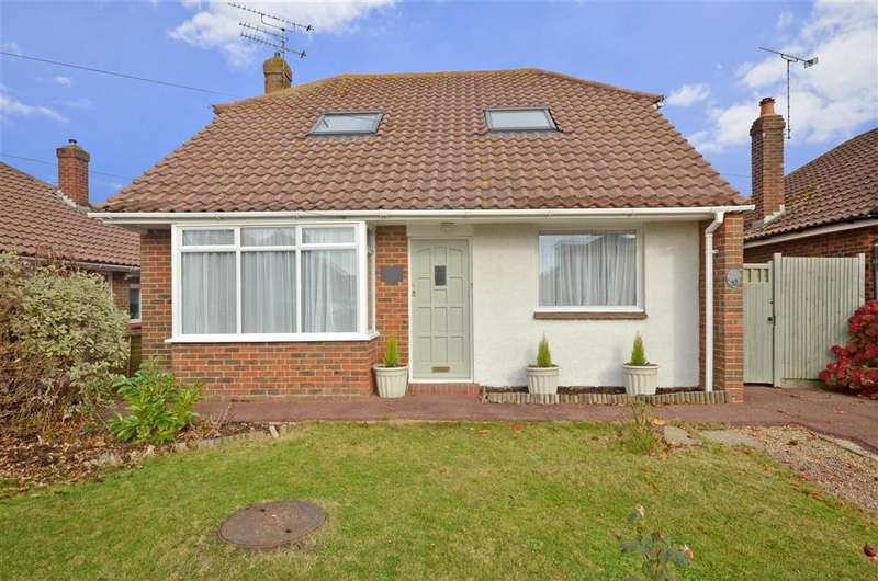 3 Bedrooms Bungalow for sale in Fircroft Crescent, Rustington, West Sussex