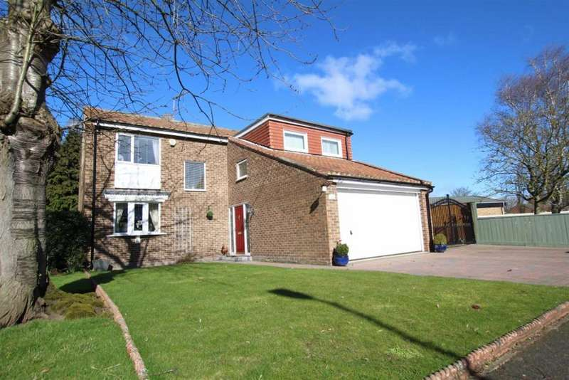 5 Bedrooms Detached House for sale in The Green, Long Newton