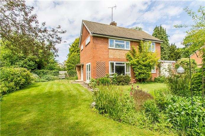 3 Bedrooms Detached House for sale in Elms Avenue, Great Shelford, Cambridge