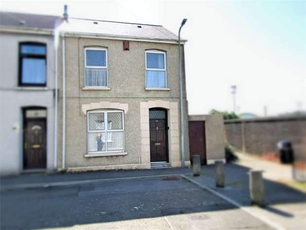 3 Bedrooms End Of Terrace House for sale in Clifton Terrace, Llanelli, Carmarthenshire