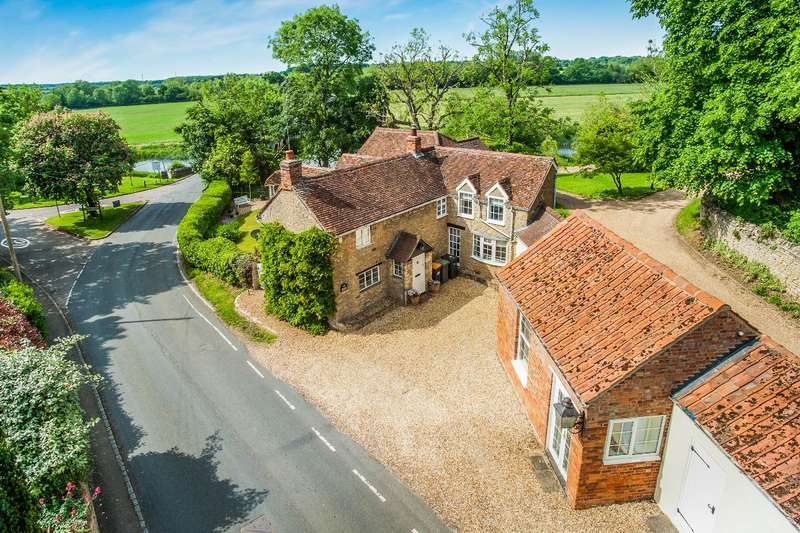 5 Bedrooms Detached House for sale in THE HIGH ROAD, FELMERSHAM