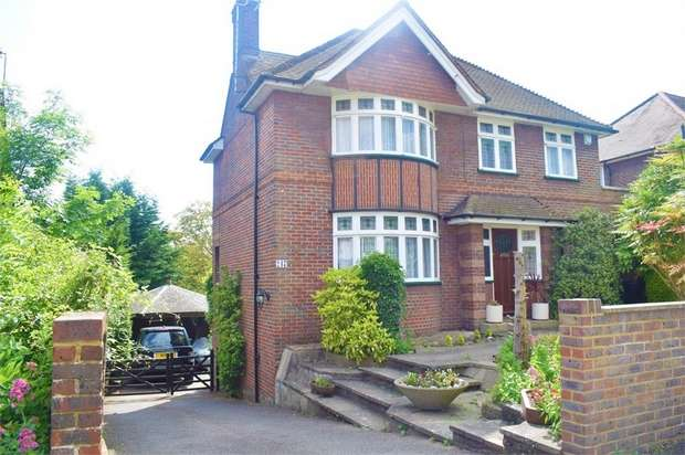 4 Bedrooms Detached House for sale in West Wycombe Road, High Wycombe, Buckinghamshire