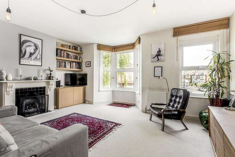 3 Bedrooms Flat for sale in Palace Road, Crouch End, London, N8