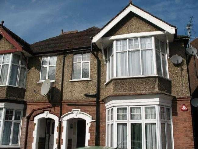 1 Bedroom Apartment Flat for sale in Whitchurch Lane, Edgware, EDGWARE