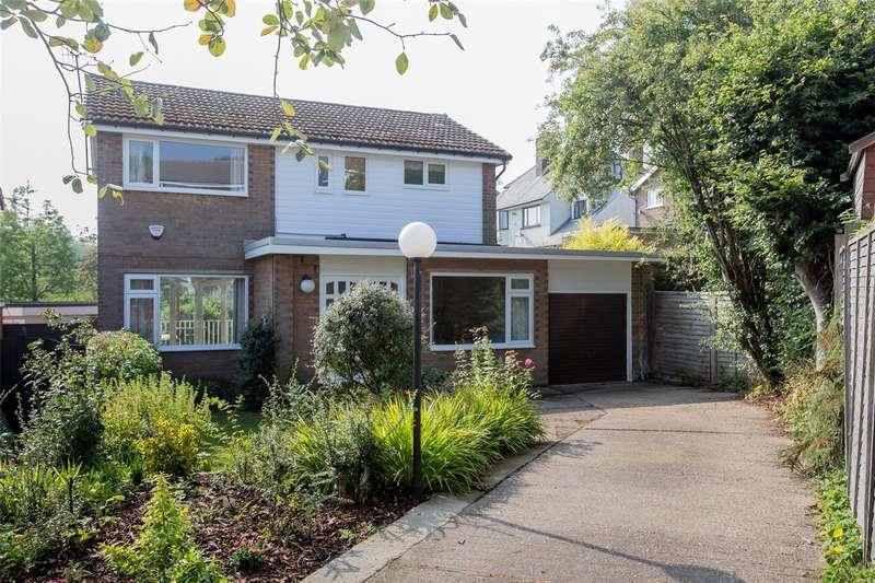 4 Bedrooms Detached House for rent in Hallam Grange Croft, Fulwood, Sheffield, S10