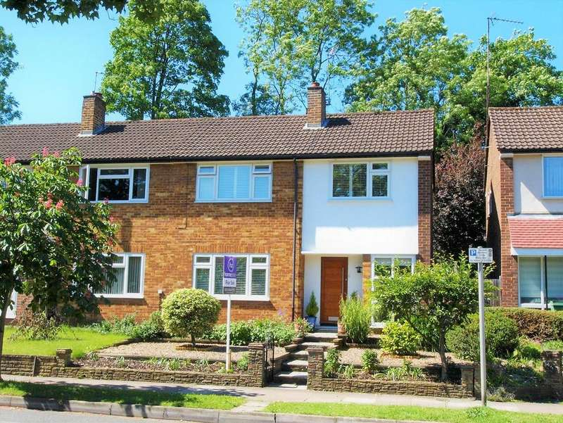 3 Bedrooms Semi Detached House for sale in Ravensbourne Avenue, Shortlands, Bromley