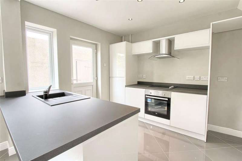 3 Bedrooms Semi Detached House for sale in Cumberland Road, Linthorpe