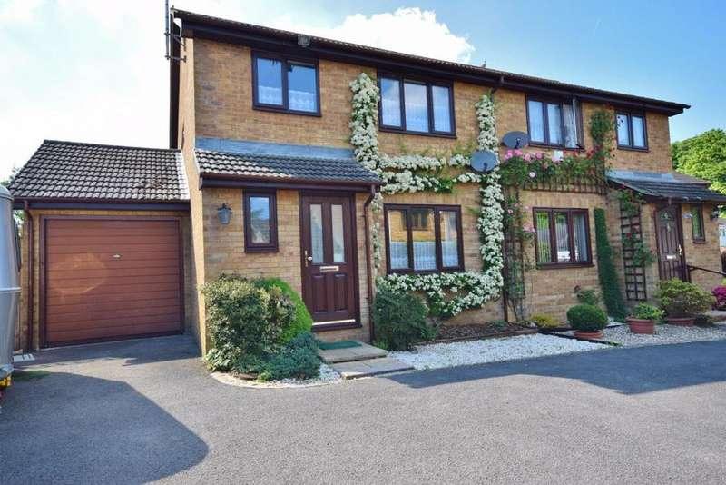 3 Bedrooms Semi Detached House for sale in Waterloo Avenue, Basingstoke, RG23