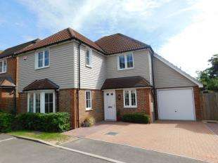 4 Bedrooms Detached House for sale in Cobnut Close, Weavering, Maidstone, Kent