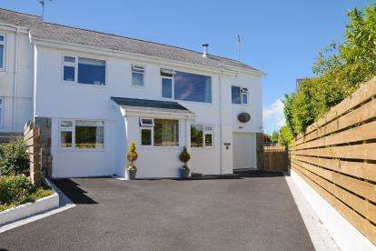 4 Bedrooms Link Detached House for sale in Tan Y Gaer, Abersoch, Gwynedd, LL53