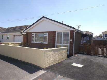 House for sale in Bryn Avenue, Kinmel Bay, Rhyl, Conwy, LL18