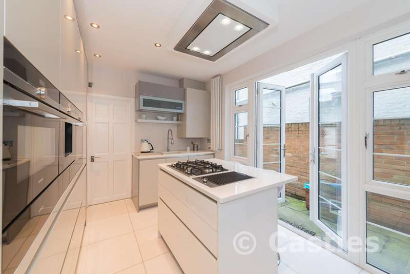 3 Bedrooms Property for sale in Lealand Road, Tottenham, London, N15