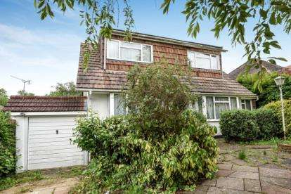 4 Bedrooms Detached House for sale in Julian Road, Chelsfield Park