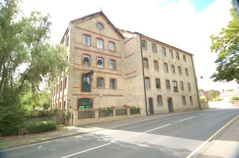 1 Bedroom Apartment Flat for sale in Mill Park Gardens, Mildenhall, Bury St. Edmunds