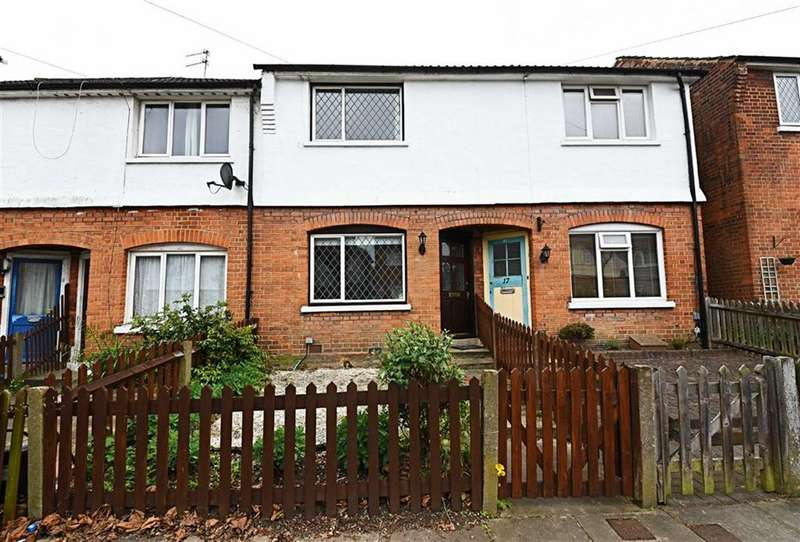 3 Bedrooms Property for sale in Queens Road, Finchley, London, N3
