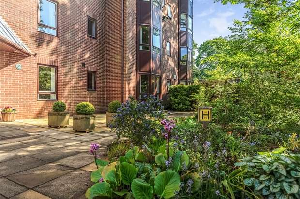 1 Bedroom Flat for sale in 36 The Grove, Gosforth, Newcastle upon Tyne, Tyne and Wear
