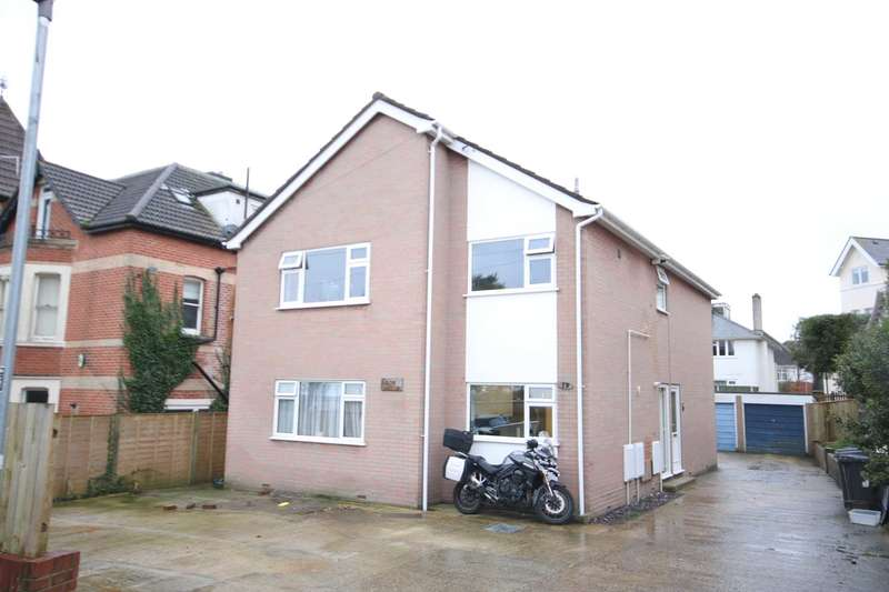 2 Bedrooms Apartment Flat for sale in BH4 Alum Chine, Bournemouth