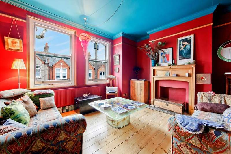 2 Bedrooms Flat for sale in Idlecombe Road, London SW17