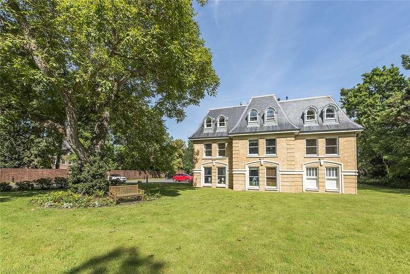 3 Bedrooms Flat for sale in Maple House, Normansfield Avenue, Teddington, TW11