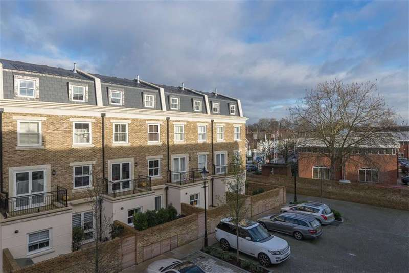 5 Bedrooms Property for sale in Heathcote Gate, Fulham, London, SW6