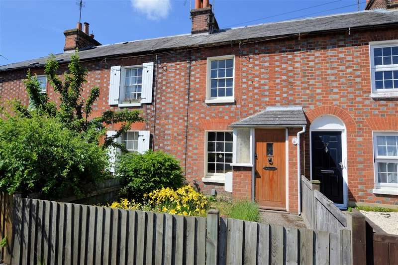 2 Bedrooms Terraced House for sale in Crown Lane, Theale, Reading, RG7