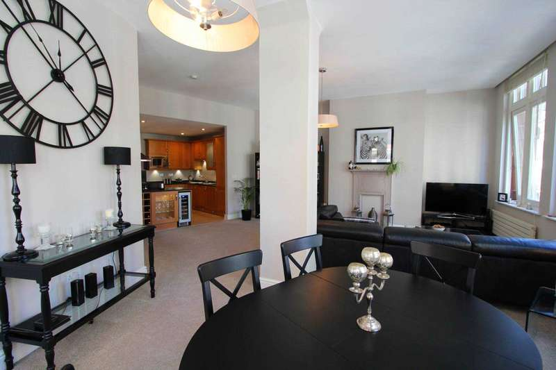 2 Bedrooms Apartment Flat for rent in The Chambers, Booth St, Manchester