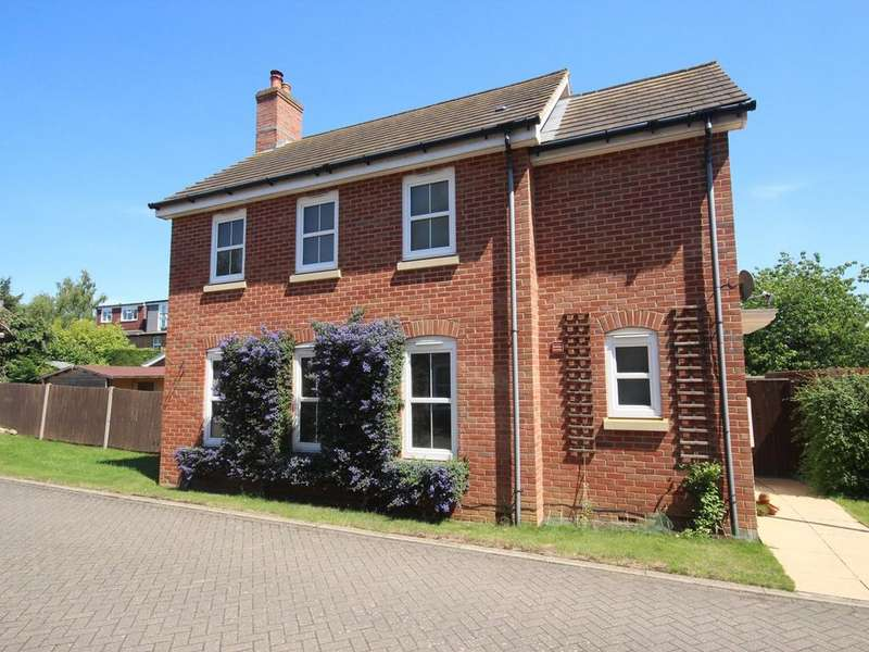 3 Bedrooms Detached House for sale in Ashton Gate, Flitwick, Bedford, MK45