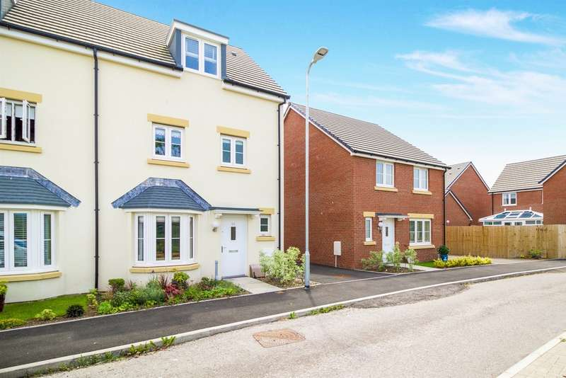 4 Bedrooms Semi Detached House for sale in Clos Y Mametz, Porthcawl