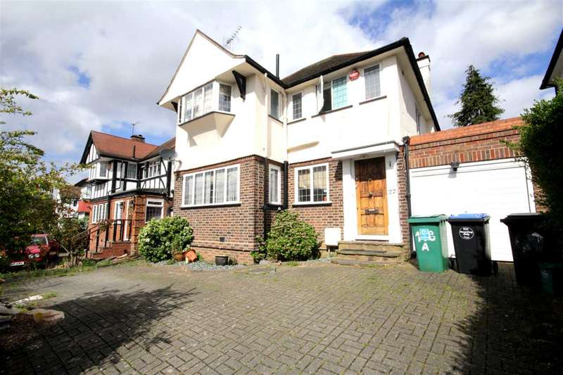3 Bedrooms Detached House for sale in The Crossways, Barn Hill Estate, Wembley