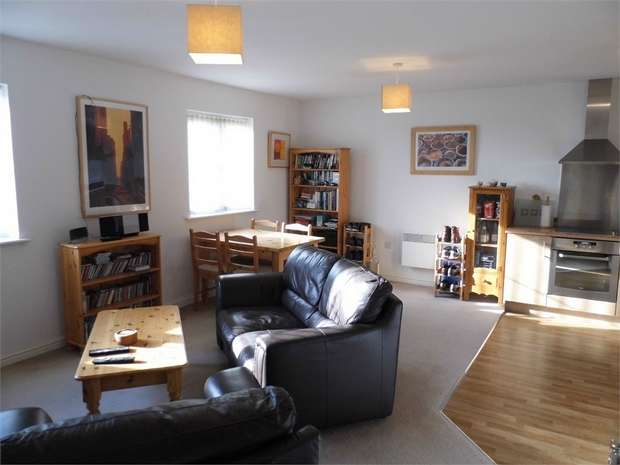 1 Bedroom Flat for sale in Wild Field, Broadlands, Bridgend, Mid Glamorgan