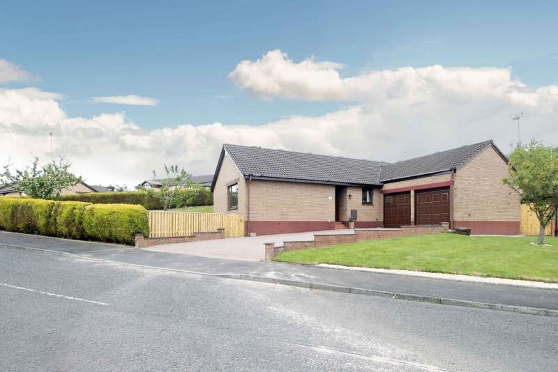 3 Bedrooms Bungalow for sale in Beldorney Place, Dunfermline, Fife, KY12 0XN