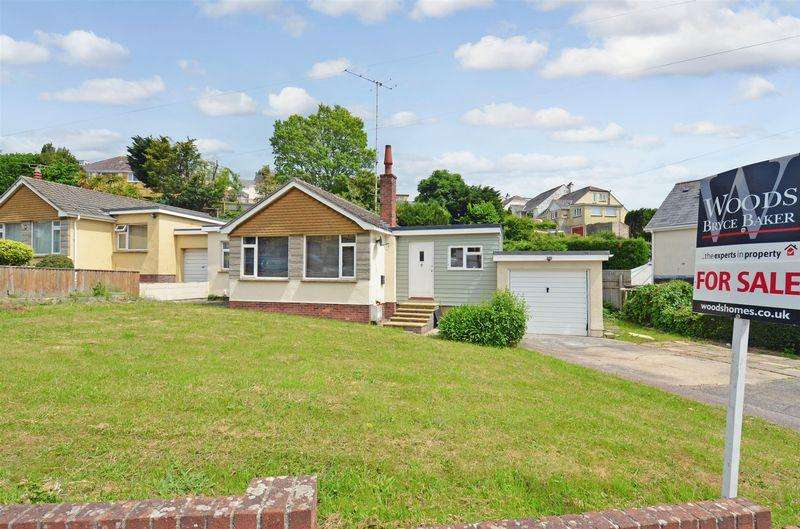 2 Bedrooms Bungalow for sale in Blatchcombe Road, Paignton