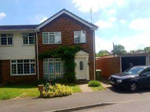 3 Bedrooms End Of Terrace House for sale in Regency Court, Sittingbourne, Kent