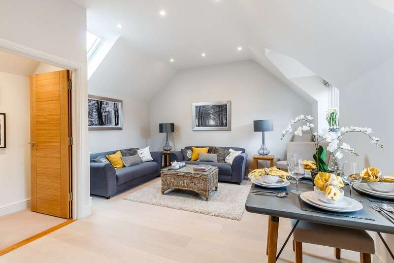 2 Bedrooms House for sale in Farnham