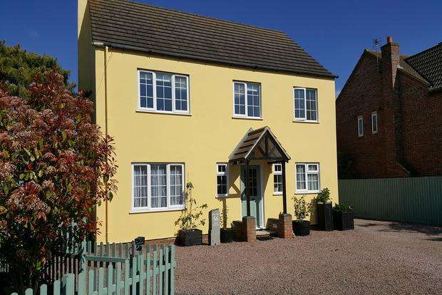 5 Bedrooms Detached House for sale in High Street, Manea, March, PE15