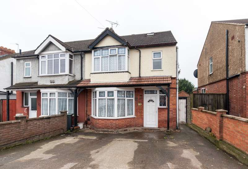4 Bedrooms Semi Detached House for sale in Dunstable Road, Luton, Bedfordshire, LU4