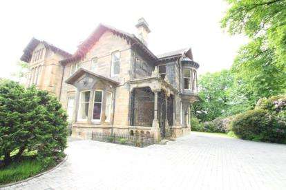 3 Bedrooms House for sale in Main Road, Castlehead