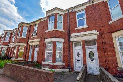 2 Bedrooms Flat for sale in Simonside Terrace, Newcastle Upon Tyne, Tyne and Wear, NE6
