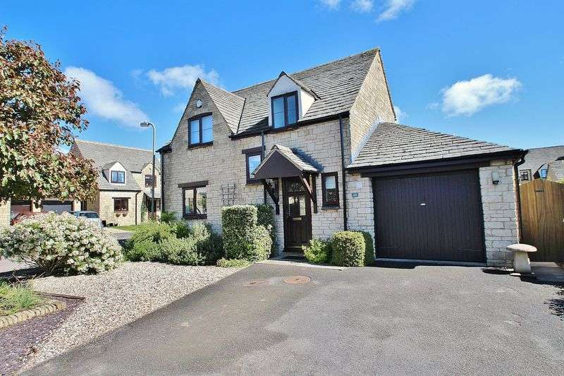 4 Bedrooms Property for sale in Cotswold Meadow, Witney