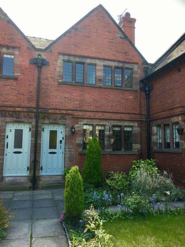 2 Bedrooms Terraced House for rent in Grange Lane, Liverpool