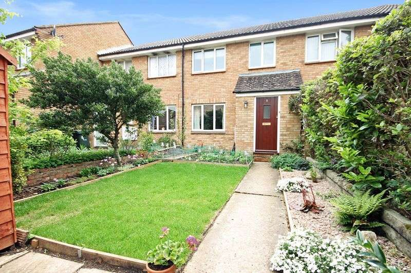3 Bedrooms Property for sale in Bernard Close, Yarnton