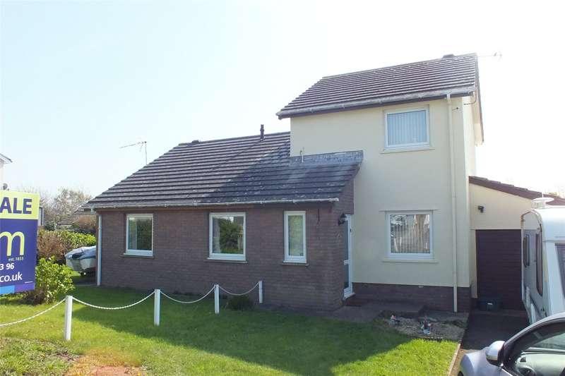 2 Bedrooms Semi Detached House for sale in Glenview Avenue, Pembroke Dock, Pembrokeshire