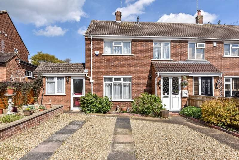 3 Bedrooms Semi Detached House for sale in Wessex Way, Cox Green, Maidenhead, Berkshire, SL6