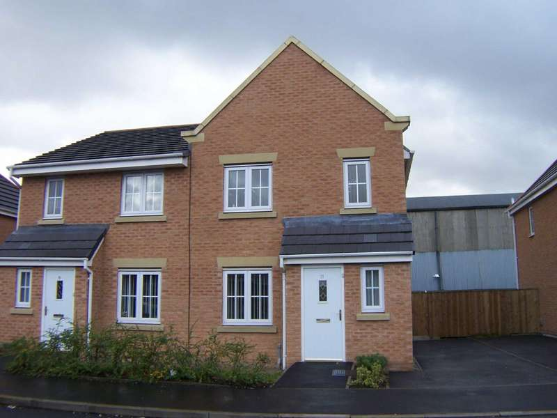 4 Bedrooms Semi Detached House for sale in Thornway Drive, Ashton-Under-Lyne, Lancashire, OL7