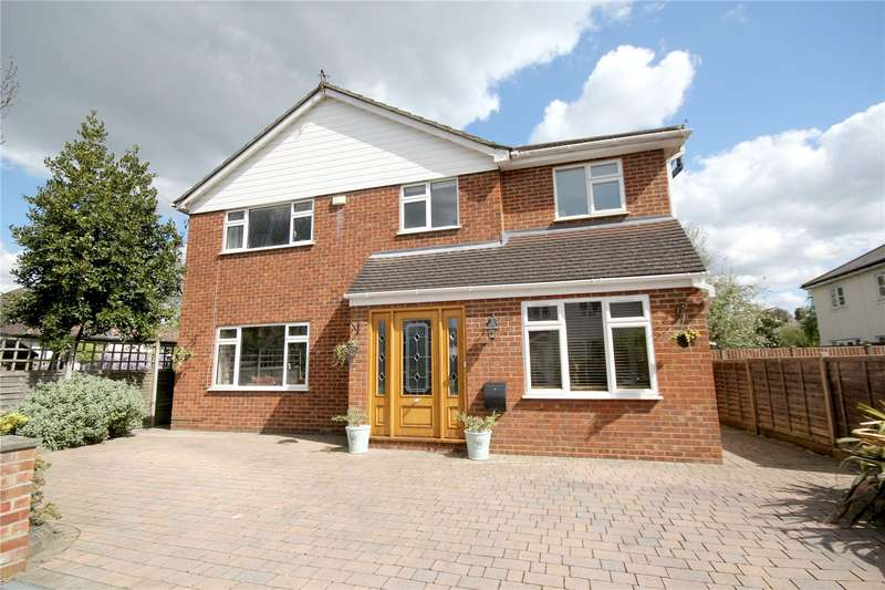 4 Bedrooms Detached House for sale in Masonic Hall Road, Chertsey, Surrey, KT16