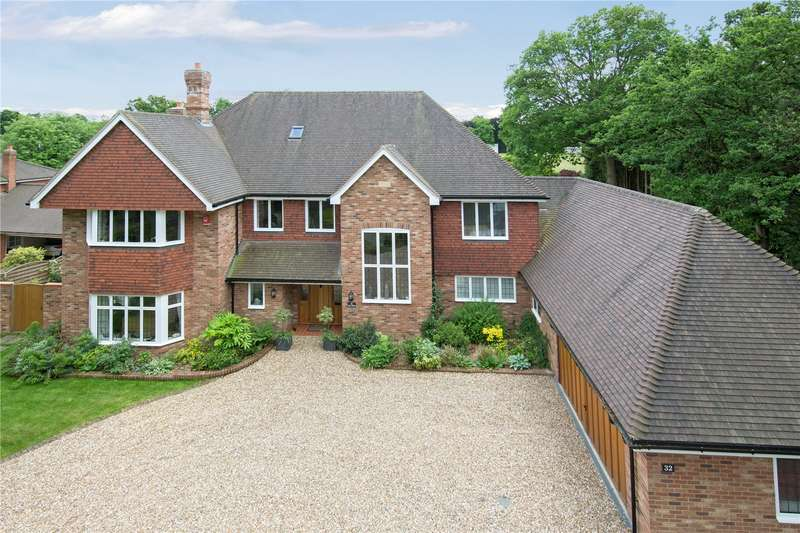 5 Bedrooms Detached House for sale in Manor Lane, Gerrards Cross, Buckinghamshire, SL9