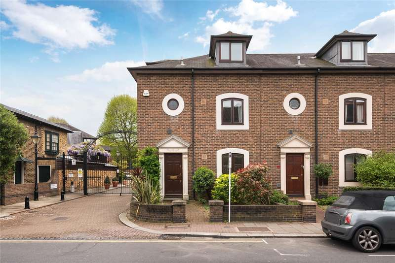 3 Bedrooms Terraced House for sale in Battersea Church Road, London, SW11