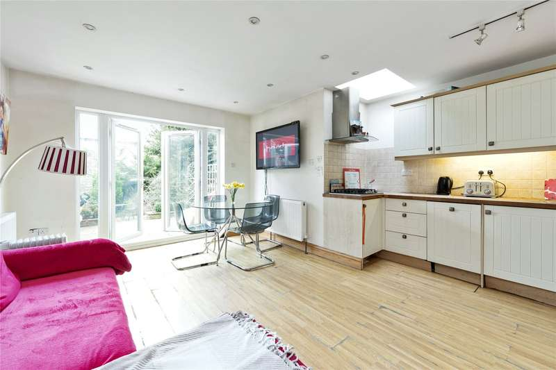 2 Bedrooms Terraced House for sale in Waverley Road, Weybridge, Surrey, KT13