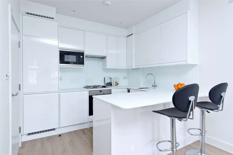 2 Bedrooms Flat for sale in Replingham Road, London, SW18
