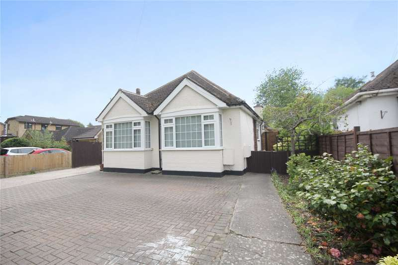 2 Bedrooms Detached Bungalow for sale in Green Lane, Chertsey, Surrey, KT16